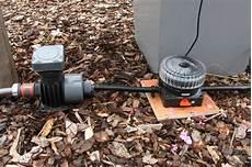 gardena bewässerungssystem verlegen automatische bew 228 sserung balkonk 228 sten und k 252 beln