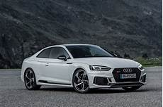 audi rs 5 coupe early drive 2017 audi rs 5 coupe parkers