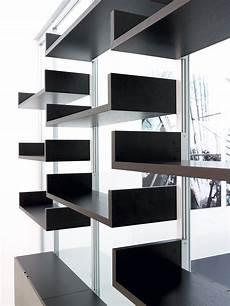 parete con mensole parete attrezzata monovetro pareti attrezzate per ufficio