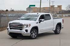 new 2019 gmc pictures show sle trim level gm