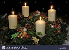 advent adventszeit adventskranz advent vier kerzen advent