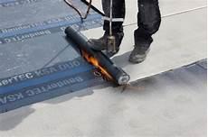 bitumenbahnen verlegen auf holz flachdachabdichtung i bitumenbahnen dach baustoffwissen