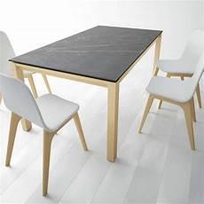 Table En Dekton Avec Pieds En Bois Massif Lakera 4