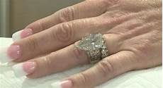 lost wedding ring in garbage couple searches through tons of trash to find lost