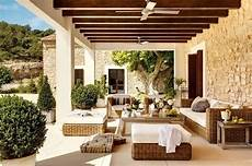 tettoia in muratura le tettoie in legno per un ambiente esterno vivibile