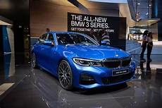 bmw 340i 2019 2019 bmw 3 series gets trick chassis and idrive tech 40 200 price tag roadshow