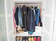 Garderobe F 252 R Viele Jacken