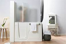 vasche con doccia vasca con doccia integrata come scegliere