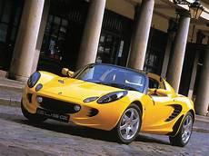 lotus elise prix ttc la lotus elise est l une des sportives les plus embl 233 matiques de la marque et de l industrie