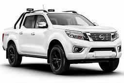 Nissan Navara Pickup Interior Dashboard & Satnav  Carbuyer