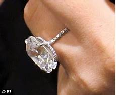 pregnant kim kardashian gripes her diamond ring doesn t