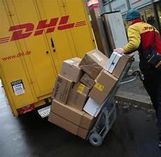 lieferstau bei dhl kunden 228 rger wegen vermissten paketen