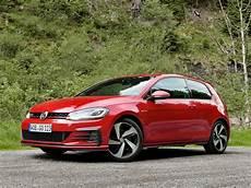 golf gti 2018 2018 volkswagen gti vs golf r which hatch should you buy