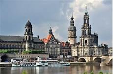 ᐅautovermietung In Dresden Sixt Mietwagen Ab 23 Eur