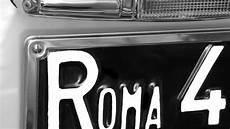 neues auto kennzeichen behalten italien neues gesetz zu ausl 228 ndischen pkw kennzeichen