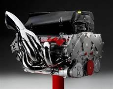 Formel 1 Motoren - nascar vs f1 technology and sport