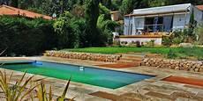piscine sur terrain en pente amenagement piscine exterieur terrain en pente