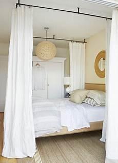 tringle ciel de lit le lit 224 baldaquin un lit de r 234 ve en 2019 ma chambre 1