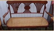divanetti antichi divano con 4 sedie in paglia di vienna