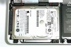 changer disque dur macbook pro 13 changer le disque dur d un macbook pro 13 pouces mi 2012 macgeneration