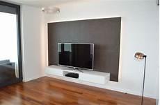 tv wand mit lowboard und r 252 ckwand aus beton cir 233 f 252 r