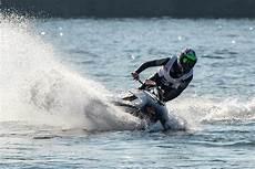 O 249 Faire Du Jet Ski En Croisi 232 Re Bateaux Et