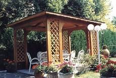 gazebo per giardino prezzi gazebo da giardino in legno su misura per esterni
