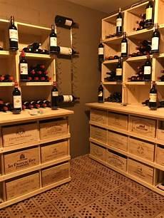 caisse en bois stapel caisse vin cuisine cave