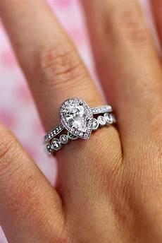 pear wedding ring sets wedding ring sets pear shaped diamond wedding rings sets