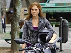Gal Gadot Started For As In