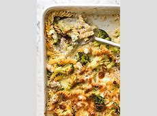 creamy chicken  pasta and broccoli bake_image
