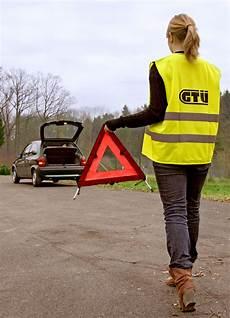 warnweste im auto warnweste wird auch in deutschland pflicht heise autos