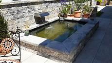 mauer mit wasserfall referenzen referenzen garten brunnen terrassenbrunnen
