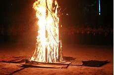 Makna Dan Fungsi Api Unggun Pada Kegiatan Pramuka