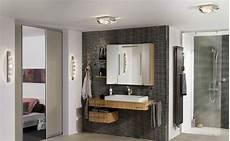 lumière salle de bain 14 luminaires pour r 233 veiller le style dans votre salle de