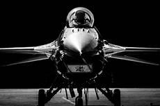 4k jet black wallpaper general dynamics f 16 fighting falcon 4k ultra hd