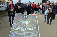 Succ 232 S Et Forte Affluence 224 La 418 232 Me Foire De Poussay