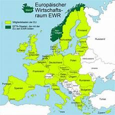 Umfrage 20 Jahre Ewr Positiv F 252 R Liechtenstein