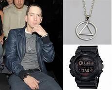 eminem illuminati necklace eminem decked out do you want to dress like eminem