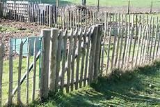 barriere jardin pas cher comment trouver des id 233 es de cl 244 tures par trop ch 232 res pour