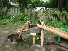 wasserspielplatz wasserspielplatz spielplatz kinder garten