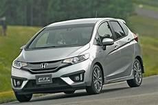 Honda Jazz Hybride Une Voiture 224 Faible Consommation