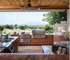 Decorating Ideas For Outdoor Kitchen by Outdoor Kitchen Design Ideas Brown Outdoor Kitchens