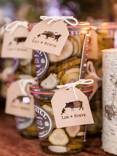 15 edible wedding favors your guests will love