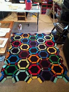 amish wedding ring quilt cannot find any information about this quilt or pattern but it s very