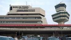 Parken Flughafen Berlin Tegel - vier beinahe unf 228 lle am flughafen tegel berliner morgenpost