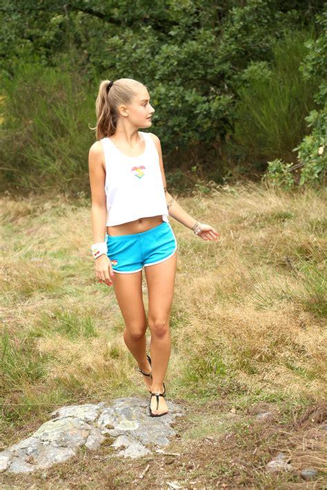 Holly Halston Pichunter
