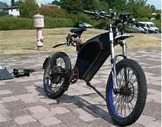 E Bike Marken - felsberger 30 fl 252 chtet mit 99 km h schnellem e bike vor