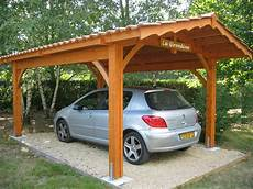 abri en bois pour voiture abri de jardin pergola bois