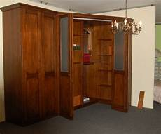 armadi con cabina ad angolo cabina armadio classica